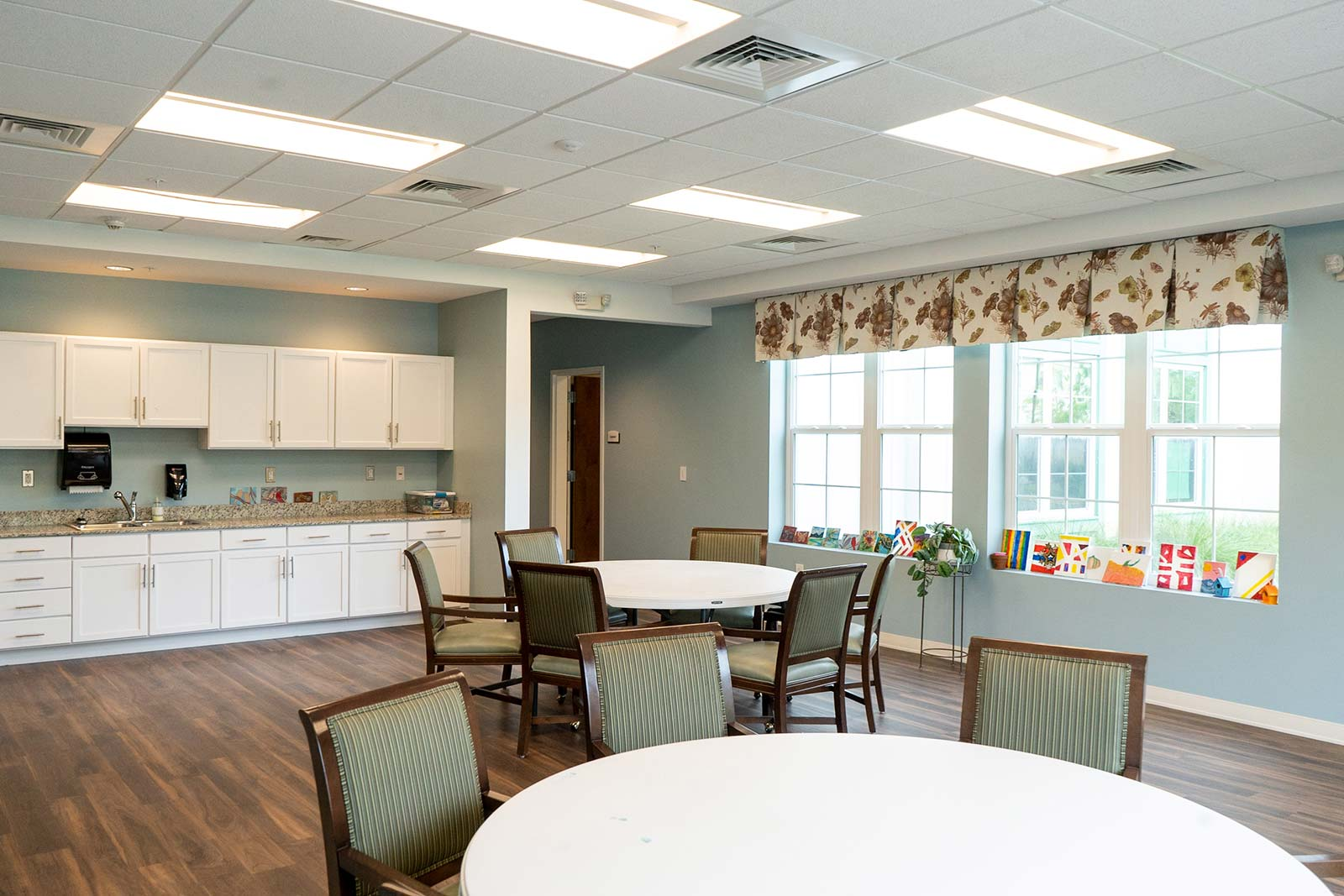 Arts and crafts room at The Arbors of Gulf Breeze in Gulf Breeze, FL