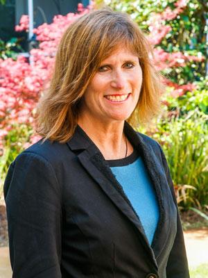 Barbara Fike Headshot the Arbors
